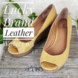 Lucky Brand Tan Real Leather & Wood Wedges 6.5
